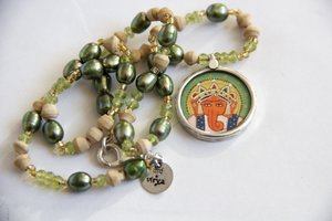 """The Green Ganesh necklace"""